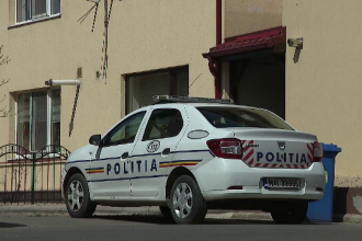 Un preot din Pitești a vrut să calce cu mașina un bărbat. Ce au aflat polițiștii