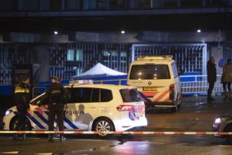 Atac armat în Rotterdam. O mașină înmatriculată în Belgia ar fi implicată