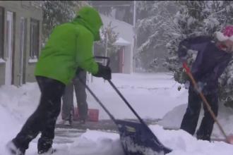 Se anunță o iarnă cu recorduri de ninsori. Zona unde zăpada are deja un metru
