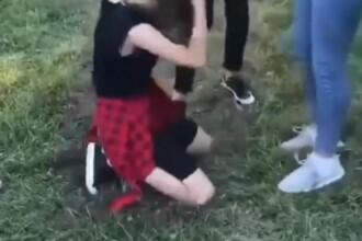 Cine le-a filmat pe cele 4 adolescente care au bătut și umilit o minoră în Târgu Jiu