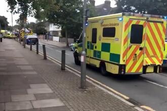 O mașină a intrat într-un grup de copii în fața unei școli din Londra. Sunt 11 răniți