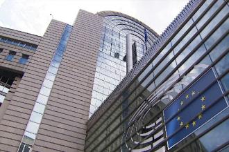Parlamentul European ajută statele să treacă peste criza provocată de Covid-19. Unde vor ajunge fondurile