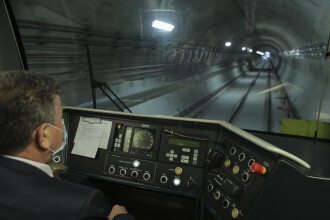 S-a semnat contractul pentru magistrala de metrou 1 Mai-Aeroportul Otopeni. Când ar trebui finalizat proiectul