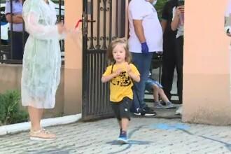Prima zi de grădiniță, cu restricții pentru copii și părinți. Ghidul oficial de la Minister