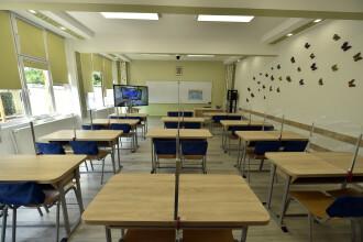 Crește numărul școlilor din scenariul roșu, după ce mai mulți elevi au fost infectați cu coronavirus