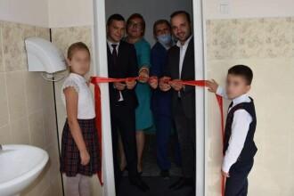 Ce a pățit o profesoară din R. Moldova care a criticat inaugurarea cu fast a unei toalete