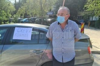 Învățător bolnav, în greva foamei pentru că este obligat să meargă la școală. Glicemia uriașă pe care o are
