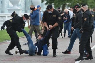 Hackerii au intervenit în protestele din Belarus. Cum s-au răzbunat pe cel puțin 1.000 de polițiști