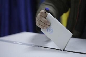 Cine poate vota cu urna mobilă la alegerile parlamentare din decembrie