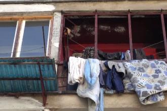 Un bărbat din Bicaz a ars în apartament. De ce nu avea curent şi folosea lumânări