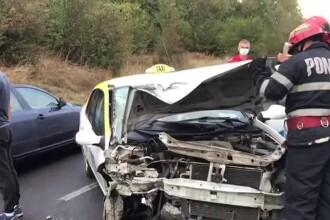 Accident grav în Târgoviște. Un taxi a fost lovit violent de o șoferiță