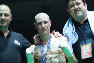 Un boxer italian a fost suspendat din cauza tatuajelor. Ce are desenat pe corp