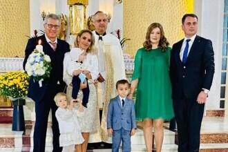 Gabriela Firea și Florentin Pandele au botezat copilul unui primar din Iași. Petrecere la castel, cu meniu de fițe FOTO