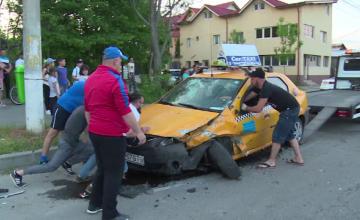 Accident violent la marginea orașului Târgovişte. Manevra neinspirată a unui șofer