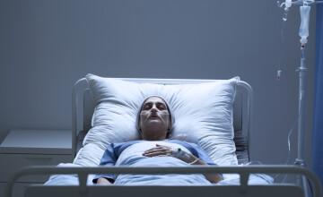 O mamă s-a trezit din comă după 27 de ani. Primul lucru pe care l-a zis