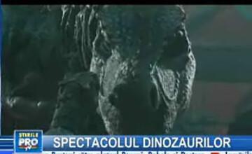Dinozaurii fac din nou legea pe Pământ!