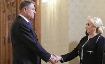 """CCR îi cere lui Iohannis să rezolve scandalul remanierilor: """"Să răspundă, de îndată, în scris"""""""