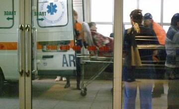 Grav accident rutier in Alba. Un barbat proiectat prin geamul masinii