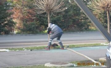 Angajatul unei spalatorii auto din Timisoara, surprins ca folosea apa din hidrant pentru spalarea masinilor