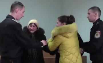 Moldovenii, sensibilizati de cazul Victoriei Pruteanu. Anuntul autoritatilor dupa ce a fost incatusata sub ochii copiilor ei