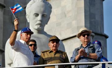 Raul Castro denunţă politica ostilă a SUA, la aniversarea a 60 de ani de la revoluţie