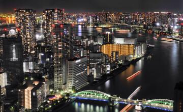 Super-metropola in care se mananca mai bine ca oriunde altundeva. Simbolul orasului e un bucatar care gateste de 80 de ani