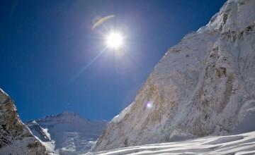 Horia Colibasanu se pregateste de expeditia pe Everest. Vrea sa cucereasca varful cu propriile forte fizice si psihice