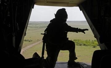 The Guardian: NATO si-ar putea revizui strategia nucleara, in contextul tensiunilor cu Rusia