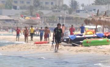 Inregistrare VIDEO cu teroristul din Tunisia, in timpul masacrului. Bilantul turistilor britanici ucisi a ajuns la 30