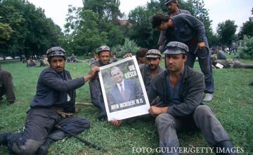 Ion Iliescu, Petre Roman si Miron Cozma au fost trimisi in judecata in Dosarul Mineriadei. Ce acuzatii li se aduc