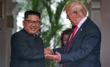 """Donald Trump a dat asigurări că Kim Jong Un şi cu el s-au """"îndrăgostit"""""""