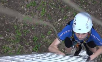Adolescenții din Mureș se antrenează pentru un concurs de salvatori din Azerbaidjan