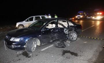 Sapte persoane la spital, dupa ce doua masini care circulau in acelasi sens s-au ciocnit in Buzau