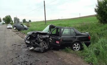 Accidente grave petrecute in Botosani si Suceava, soldate cu trei, respectiv noua raniti. Unul dintre soferi consumase alcool