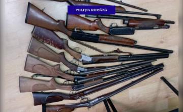 20 de arme confiscate de politisti de la un barbat din Oradea. Ce au descoperit dupa ce i-au verificat cele trei case