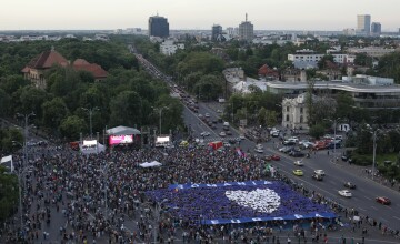 """Mii de oameni la evenimentul """"Toți pentru Europa"""". Coregrafie specială pentru UE. VIDEO"""