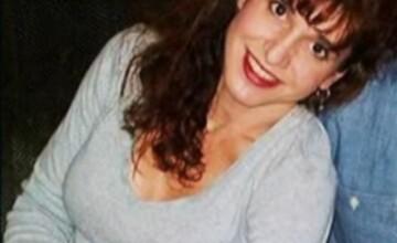 O femeie din SUA ii acuza pe politisti ca i-au spart implanturile cu silicon cand au arestat-o.VIDEO
