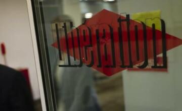 Un barbat a deschis focul la sediul cotidianului Liberation. Un fotograf a fost ranit