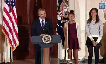 Motivul pentru care fiicelor presedintelui Obama le-a fost rusine cu tatal lor. VIDEO Ceremonia la care tinerele au spus \