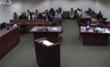 Momentul în care un deținut a încercat să evadeze din sala de judecată