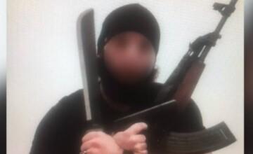 Prima fotografie cu teroristul din Viena. A postat imagini când jura credință ISIS