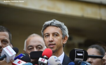 Telenovela Oltchim, razboiul plangerilor penale. Diaconescu si Ponta se ameninta cu instantele