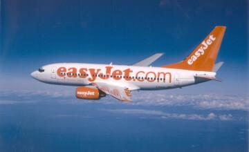 Un avion cu 143 de persoane, ce risca sa ramana fara combustibil, a aterizat de urgenta la Timisoara