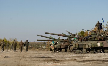 Un convoi umanitar german se indreapta spre Ucraina. Kievul acuza o inscenare dupa moartea angajatului de la Crucea Rosie