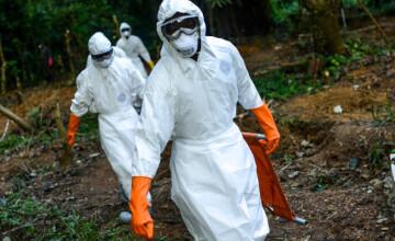 Bilantul epidemiei de Ebola a ajuns la 5.689 de morti. CE cere mobilizarea a 5.000 de medici in lupta cu febra hemoragica
