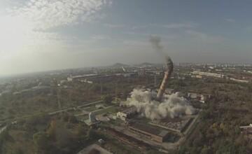 Imagini spectaculoase in Bulgaria, unde a fost detonat un cos de furnal inalt de 120 de metri. VIDEO