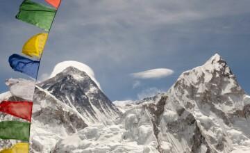 24 de alpinisti decedati si alte 5 persoane date disparute. Un viscol puternic a lovit in plin un circuit montan din Himalaya
