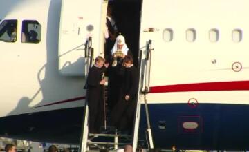 Patriarhul Kiril a ajuns la București, cu moaște. Mesaj pentru \