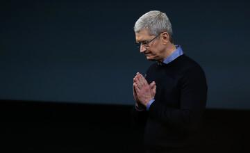 """Tim Cook, CEO-ul Apple: """"Faptul că sunt gay e cel mai mare dar pe care l-am primit de la Dumnezeu"""""""
