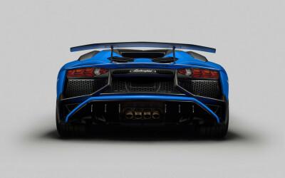 Ce faci atunci cand ai construit cel mai rapid Lamborghini din istorie? Construiesti unul si mai rapid! FOTO